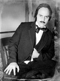Poe interpretato da Hudson